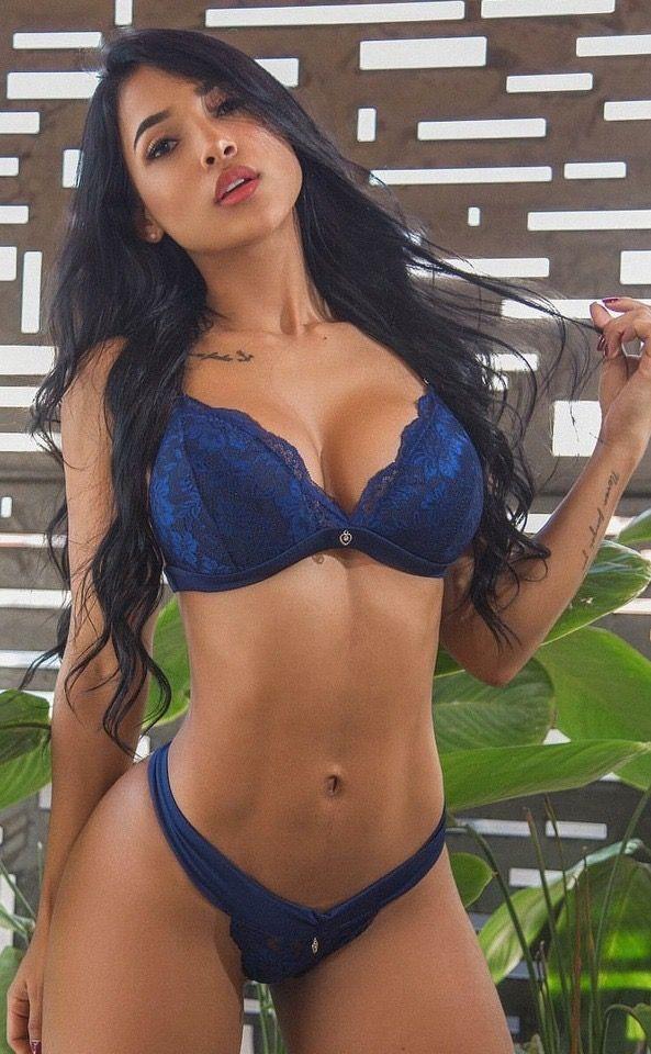 Meet Costa Rican Women
